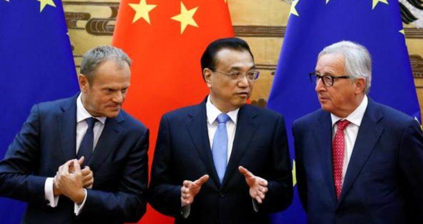 Donald Tusk, Li Keqiang e Jean-Claude Juncker ne Pekin