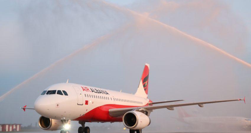 """Avioni i parë i """"Air Albania"""""""